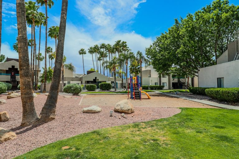 THE PLACE AT 2120 Tucson Apartments (11)